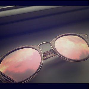 Gold Stylish Sun Glasses ‼️
